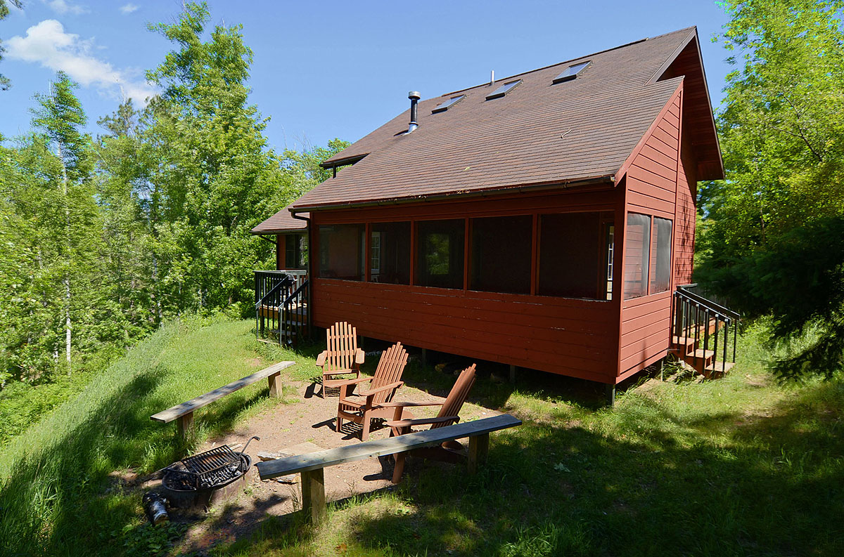 Hillside Cabin Rental